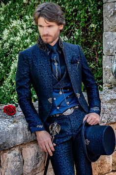 Suit Fashion, Mens Fashion, Brocade Suits, Mode Costume, Designer Suits For Men, Frock Coat, Wedding Suits, Wedding Tuxedos, Gothic Outfits