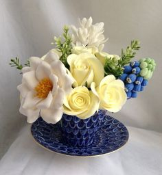 decoclay flowers in the teacup