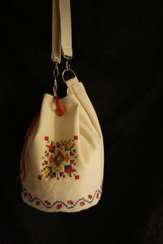 Bucovina Summer romanian ethnic vegan hand painted traditional stitches shoulder bag by AtelierGOBI on Etsy Unique Bags, Bucket Bag, Stitches, Ethnic, Shops, Community, Hand Painted, Shoulder Bag, Vegan