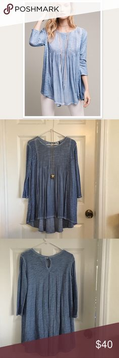 Beautiful casual top Super cute to wear casually or dress up a bit with some jewelry and or scarf, nice for leggings and skinny jeans. Skyline pleated tunic cotton.Akemi + Kin in perfect condition size small. Anthropologie Tops Blouses