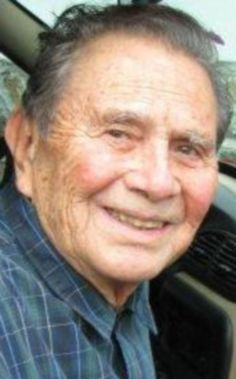 De manera repentina y a los 90 años de edad, el sábado 28 de mayo falleció en la ciudad de Cuernavaca, Morelos, el escultor Humberto Peraza y Ojeda, oriundo de esta ciudad. Hijo de los señores Andrés Peraza Lara y Trinidad 0jeda, nació el 4 de diciembre de 1925. Fue profesor de las Universidades Latinoamericana …