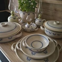 Blanka (@blankabohacova) • Fotky a videa na Instagramu Plates, Tableware, Kitchen, Licence Plates, Dishes, Dinnerware, Cooking, Griddles, Tablewares