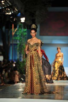 <3 Indonesian Kebaya - Anne avantie #batik #beautiful #Indonesia