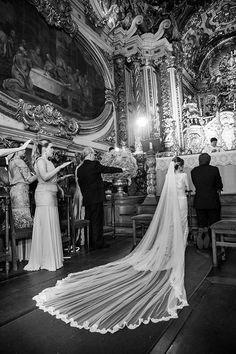 Vestido de noiva - véu com barra de renda ( Foto: Marcia Charnizon ) #noiva #bride #weddingveil #véu