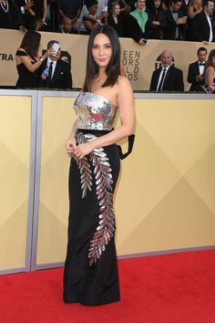 Best Dressed At The SAG Awards 2018 - Fashion Style Mag
