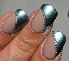 beach nails- pretty.