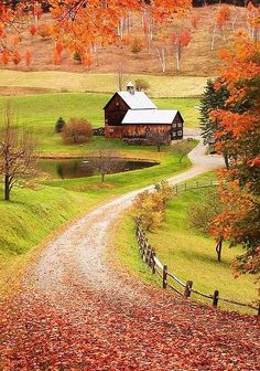 Country Living I would love to live there