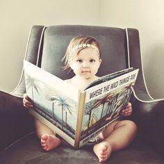 yearly photo of your baby + their favorite book. [via @Yin Yang Yang Yang-wen Chen Fry ]