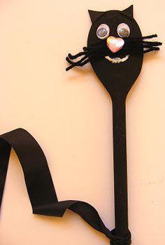 wooden spoon cat