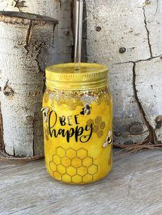 Mason Jar Cups, Mason Jar Tumbler, Kids Tumbler, Tumbler Cups, Diy Tumblers, Custom Tumblers, Glitter Tumblers, Custom Mason Jars, Glitter Cups