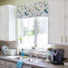 How to Choose Kitchen Window Treatments that are Beautiful and Practical   Baking a Moment @TonicLiving