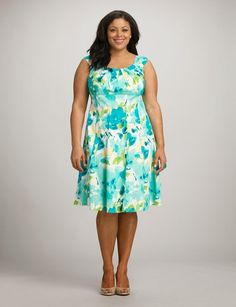 Plus Size Pleated Watercolor Floral Dress Curvy Girl Fashion, Plus Size Fashion, Womens Fashion, Size 16 Dresses, Plus Size Outfits, Vestidos Plus Size, India Fashion, Party Fashion, Pretty Dresses