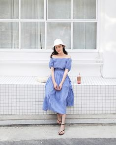 25 Stylish Fashion Looks Trending Now - Global Outfit Experts Korean Fashion Trends, Korea Fashion, Asian Fashion, Girl Fashion, Fashion Dresses, Fashion Looks, Fashion Beauty, Womens Fashion, Fashion Design