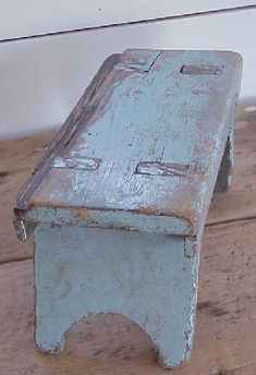 Blue bench from reclaimed wood Primitive Furniture, Primitive Antiques, Rustic Furniture, Antique Furniture, Painted Furniture, Antique Bench, Vintage Bench, Modern Furniture, Furniture Design