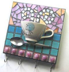 Mosaic Key Rack Pot Hooks Coffee Cup ~ Diner Inspired Wall Art, via Etsy ~ by MashedPotatoMosaics This a really cool for a kitchen or hallway. Mosaic Crafts, Mosaic Projects, Mosaic Art, Mosaic Glass, Mosaic Tiles, Glass Art, Mosaic Designs, Mosaic Patterns, Mosaic Madness