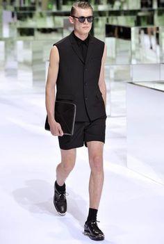 ÉTÉ 2014 / Collections et défilés / Homme / Mode & Accessoires / Dior Site Officiel