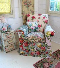 Vintage Cottage Rose Decorating