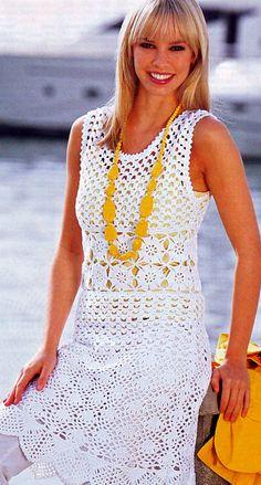 Ажурное белое платье тремя узорами