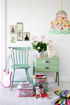 A most soothing shade of green, perfectly complimented by the white walls and floor.