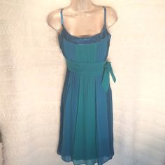 SANGRIA 100% silk! Super flattering and stunning! Ready for summer. You will love. Bundle and save $$ Sangria Dresses Midi