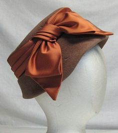 1950's bow hat