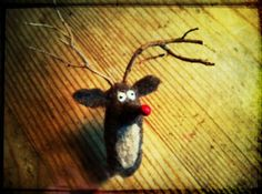 needle felted Rudolph ornament tutorial