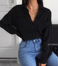 on in 2020 Cute Casual Outfits, Simple Outfits, Stylish Outfits, Winter Fashion Outfits, Fall Winter Outfits, Fashion Fashion, Elegantes Outfit, College Outfits, Teenager Outfits