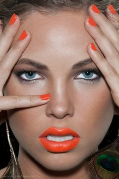 make-up, nails, nail polish, orange, lips Orange Lipstick, Orange Nails, Coral Lips, Orange Makeup, Kiss Makeup, Hair Makeup, Makeup Eyeshadow, Beauty Make Up, Hair Beauty