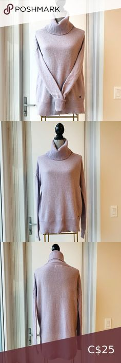 Monk & Lou Lilac Cowl Hi-Lo Round Hem Sweater Gorgeous sweater in excellent pre-owned condition Size medium Round hem Dropped shoulder No major damage or stains Colour is a very light purple Monk & Lou Sweaters Cowl & Turtlenecks Turtleneck Shirt, Black Turtleneck, Knit Sweater Dress, Zip Up Sweater, Sherpa Sweater, Merino Wool Sweater, Ribbed Sweater, Cable Knit Sweaters, Black Sequin Top