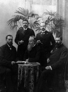 Group portrait of the members of the Special Diplomatic Delegation (Spesiale Gesantskap) of the Boer Republics of the Orange Free State and the South African Republic to Europe and America, 1900, l.t.r. front: A.D.W. Wolmarans (S.A.R.), A. Fischer (O.F.S.), C.H. Wessels (O.F.S.) and back: Dr. W.J. Leyds (Special Envoy and Minister Plenipotentiary of the S.A.R. in Belgium), Dr. H.P.N. Muller (Consul-General of the O.F.S. in The Netherlands and Special Envoy)