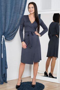 Pentru mai multe detalii vizitati pagina produsului. Rochii 1 Mai, Dresses For Work, Fashion, Moda, Fashion Styles, Fashion Illustrations