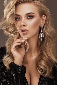 Marvelous Beauty and Makeup Photography by Anastasia Apraksina Gorgeous Blonde, Beautiful Lips, Girl Face, Woman Face, Blonde Beauty, Hair Beauty, Belle Silhouette, Beauty Makeup Photography, Beauty Shoot