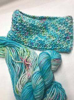 Chunky Acquiesce Cowl - free crochet pattern by Claire Bentley