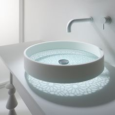 Motif washbasin by Omvivo