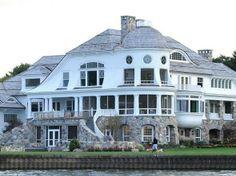 lake house  wow!