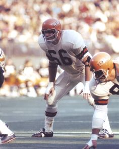 Bill Bergey Cincinnati Bengals 1969-73 and Philadelphia Eagles 1974-80.