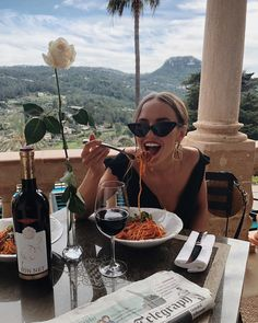 "33.9k Likes, 259 Comments - Kristin Sundberg (@kristinsundberg) on Instagram: ""Well needed pasta lunch 🍝🍷#kristinsundbergfornakd"""