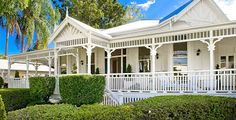 my dream home - Cooloola, Rockhampton, QLD. I adore this house with all its renovations. The colours used are beautiful.