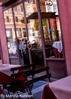 Cafe´Gamberini - hard to walk by without having a cappuccino!