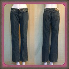 """Lucky Brand jeans Regular denim blue color (not dark) Lucky Brand Jeans in excellent condition, including crotch area. Fabric: 99% cotton / 1% spandex Measurements: Waist: 32 1/2"""" Inseam: 30 1/8"""" Outer seam from waist: 39"""" Front rise from inseam: 8 3/4"""" Rear rise from inseam: 13"""" Lucky Brand Jeans"""