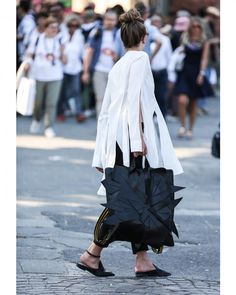 いいね!1,739件、コメント4件 ― Style Sight WorldWideさん(@stylesightworldwide)のInstagramアカウント: 「#pittiuomo @pittimmagine | 📸 @thestreetpie #streetstyle #streetfashion #fashion #blogger…」