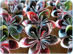 Beautiful flowers from recycled magazines. Nice tutorial JB explores a range of colours and is simplistic