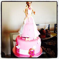 #tartabarbie#barbiecake#fondant