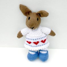 check all the knitted creations of my friend bonniebear on esty.com
