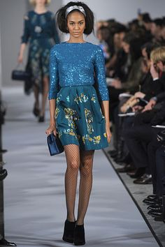 Oscar de la Renta...I want a place to wear cool clothes like this...although, guess I would need the money to buy them.  This is adorable.