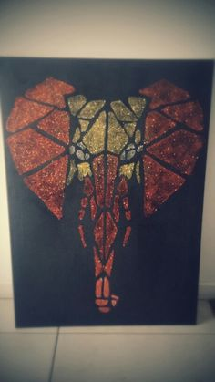 Easy diy geometric art.. Elephant, glitter on canvas.