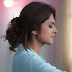 Teen Girl Poses, Girl Photo Poses, Girl Photography Poses, Lovely Girl Image, Girls Image, Cool Girl Pictures, Girl Photos, Jennifer Winget Beyhadh, Most Handsome Actors