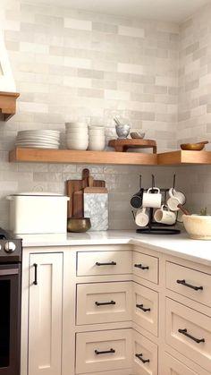Kitchen Room Design, Kitchen Cabinet Design, Modern Kitchen Design, Interior Design Kitchen, Open Cabinet Kitchen, Island Kitchen, Small Kitchen Interiors, 1930s House Interior Kitchens, Kitchen With Wood Countertops