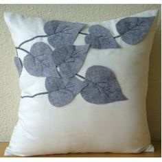 Winter Leaves - 40x40 cm Throw Cushion Covers - Suede Cushion Cover with Felt Embroidery