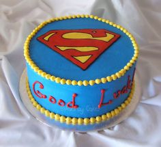 Something simple for a beginner to try! Superman Cake by The Cake Chic, via… 10th Birthday Cakes For Boys, Superman Birthday Party, 10 Birthday Cake, Hubby Birthday, Superhero Party, Fondant Cakes, Cupcake Cakes, Cupcakes, Superman Cakes